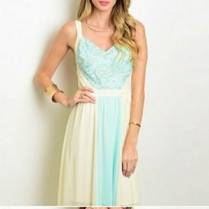 Dresses & Skirts - Mint and cream maxi dress